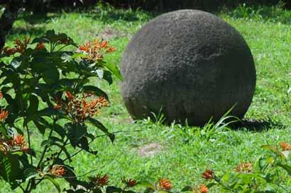 Destinan fondos a preservación de las esferas de Diquís