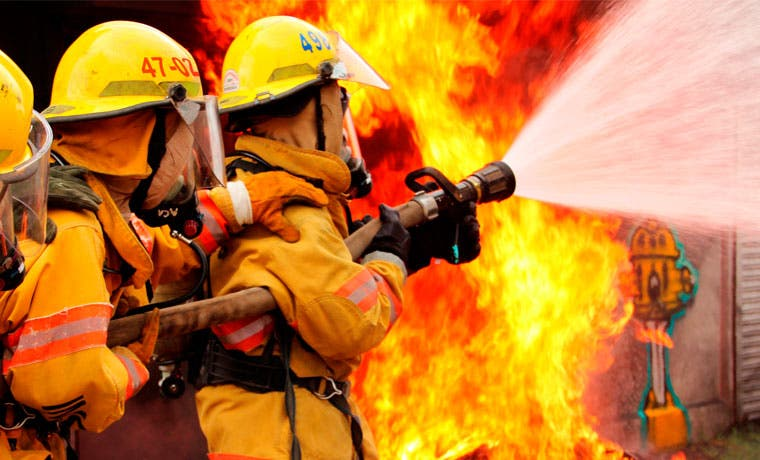 Concurso le permitirá ser bombero por un día