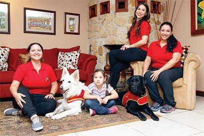 Incluya un perro como asistente y diversifique su carrera