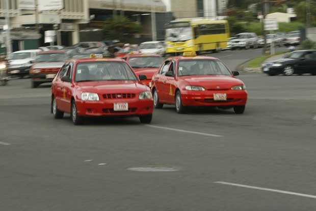 App de taxis Bri ya opera en San José y Heredia