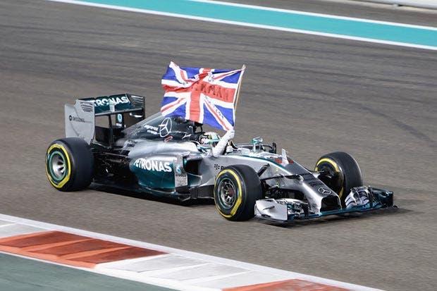 Hamilton puso la Fórmula 1 al rojo vivo