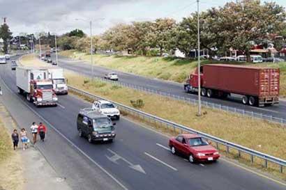 Camiones tendrán restricción este fin de semana