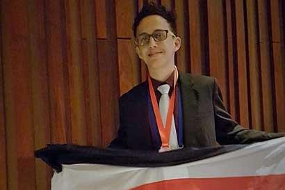 Tico ganó medalla en Olimpiada Internacional de Química