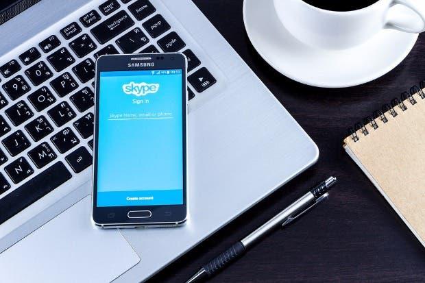BMW integrará en sus carros inteligentes servicio de Skype para negocios