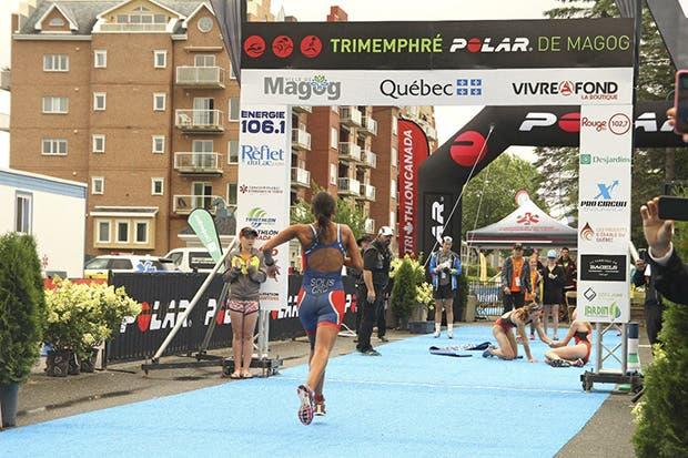 Tica ganó bronce en Campeonato Panamericano de Triatlón