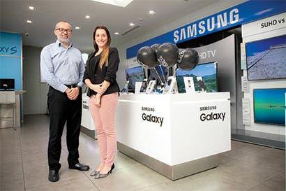 Samsung y Huawei mantienen pulso en smartphones