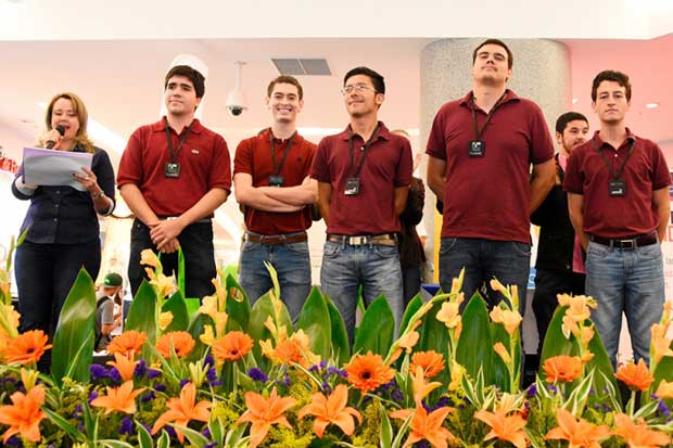 Estudiantes costarricenses ganan importante premio en concurso de Cisco