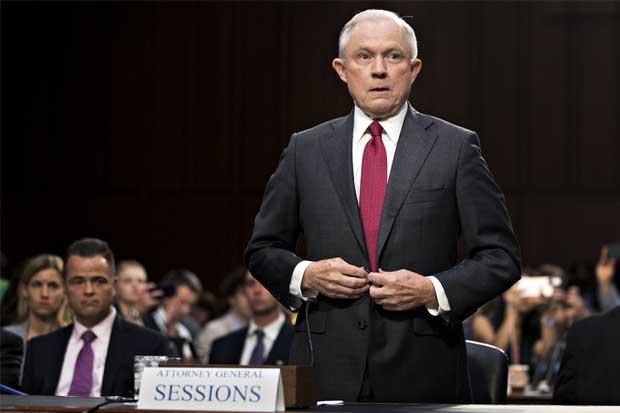 Injusto que Sessions se recusara en pesquisa sobre Rusia: Trump