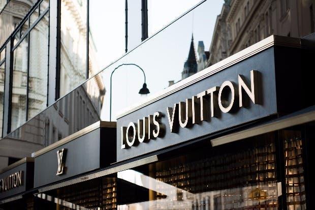 Louis Vuitton lanzó sitio de comercio electrónico en China