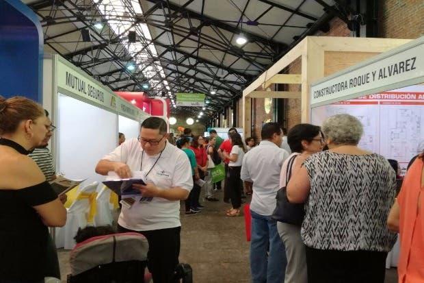 Primera feria de vivienda social se realiza en la Antigua Aduana