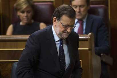 Rajoy se aleja de acusaciones sobre sobornos