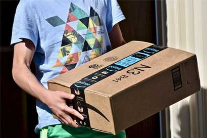 Amazon recluta investigadores para construir robots empacadores