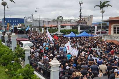 Ante burla de diputados gremios judiciales continúan en huelga