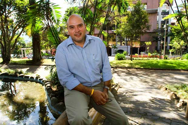 Edgardo Araya propone cerrar el Cosevi, el CTP y el Conavi
