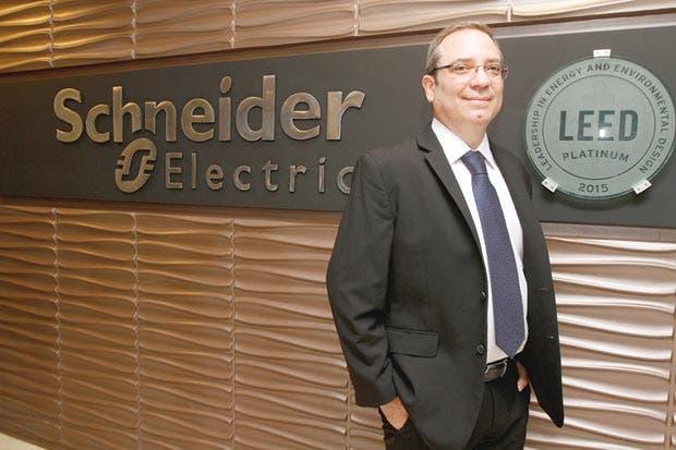Schneider Electric promueve equidad de género con WISE
