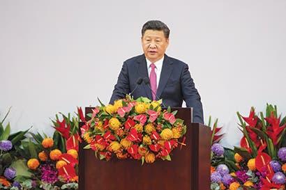 Xi Jinping promete renovar ideología partidaria china y acumula poder