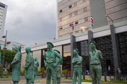 Banco Central cambia proyecciones en revisión del Plan Macroeconómico