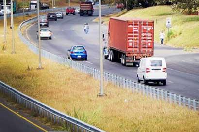 Camiones tendrán paso regulado mañana