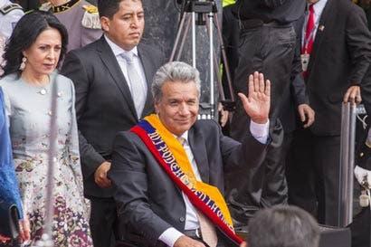 Presidente de Ecuador enfrenta división en partido gobernante
