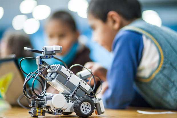 Universidades ofrecerán talleres de robótica gratis