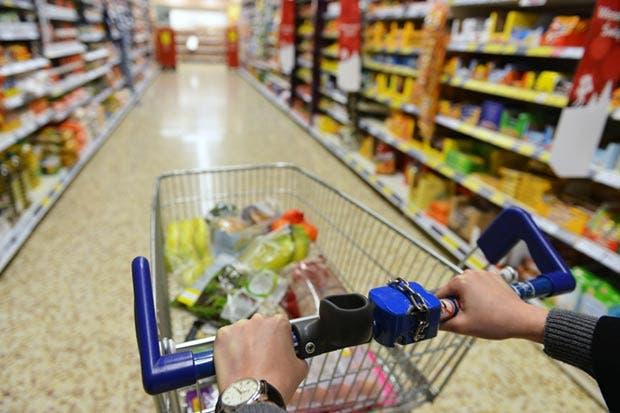 Ventas comparables de Wal-Mart de México desaceleran su ritmo en julio