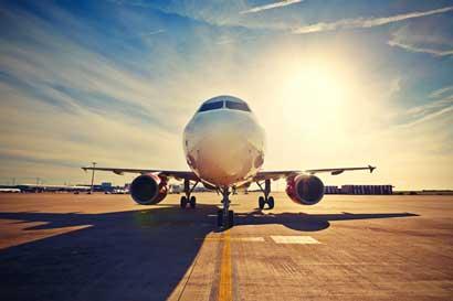 Emiratos Árabes otorgará becas  en aviación y en tecnologías de la información