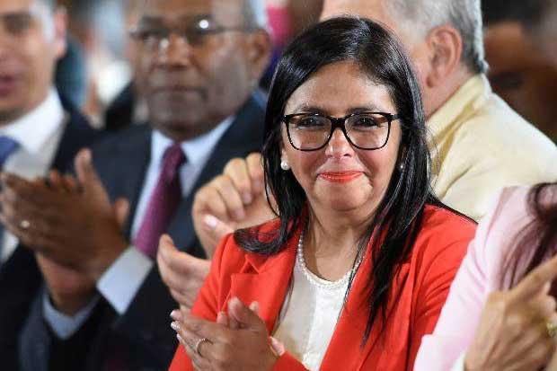 Asamblea venezolana selecciona como líder a Delcy Rodríguez