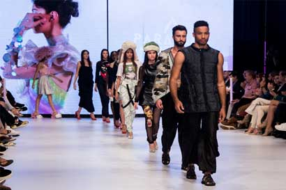 Universidad Creativa presentó diseños de estudiantes en el Mercedes Benz Fashion Week
