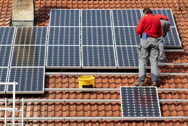 Empresas podrán informarse en feria sobre paneles solares