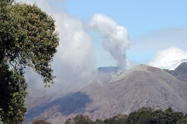 Comisión de Emergencias mantiene alertas sobre el volcán Turrialba