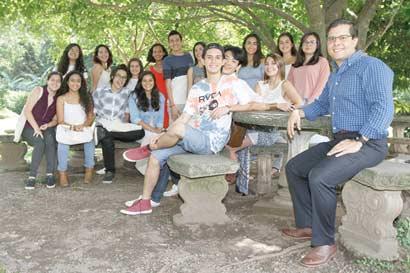 Jóvenes ticos ganan becas internacionales con UWC