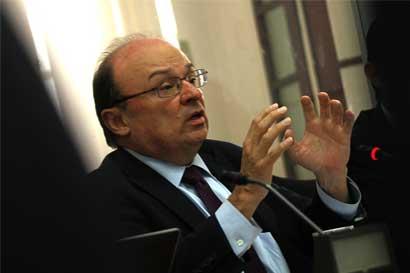 Rodrigo Bolaños es el nuevo secretario general del Fondo Latinoamericano de Reservas