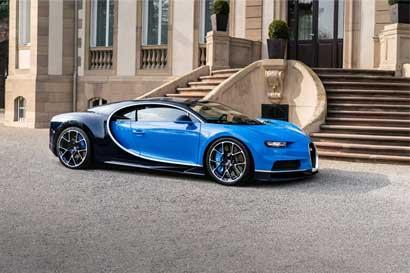 Conozca el carro comercial más rápido del mundo