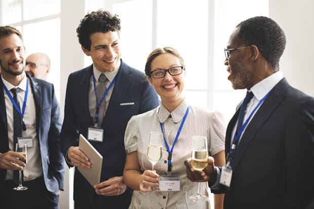 La importancia de una buena red de contactos para su crecimiento profesional