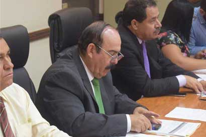 Diputado critica al Gobierno por aumento de publicidad en 11 instituciones