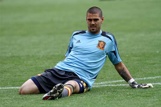 Víctor Valdés se retira del fútbol para ser empresario — Cuelga los guantes