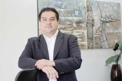 Candidatos emergentes proponen eliminar impuestos y reformar IVA
