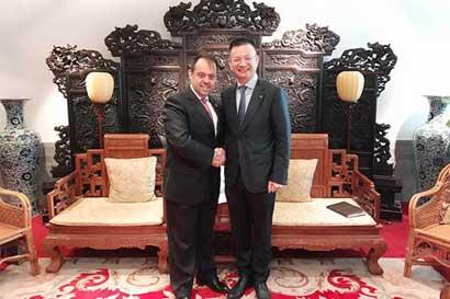 Costa Rica y China celebran con reunión diez años de relaciones comerciales