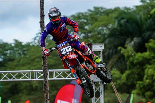 Castro y Marquier dominan sexta fecha de Campeonato de Motocross