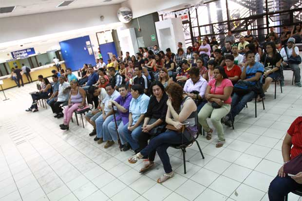 TSE insiste a 45.229 jóvenes a solicitar cédula