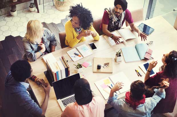 Universidad abrió centro de incubación de empresas