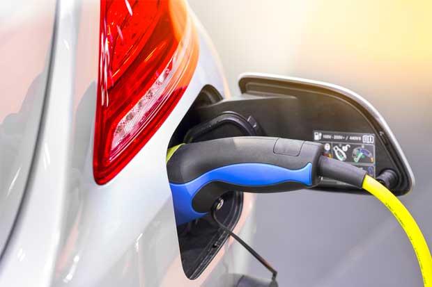 Ley de Transporte Eléctrico se vuelve a trabar por vehículos híbridos