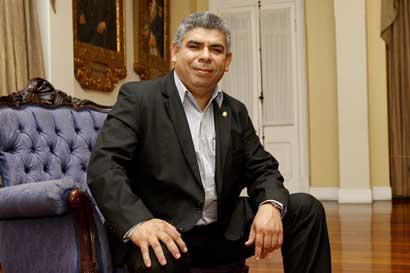 PUSC bloquea proyecto contra fraude fiscal, denuncia Frente Amplio