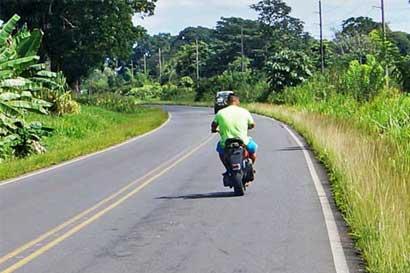 Solo un 2% de los fallecidos en moto este año portaban casco y chaleco