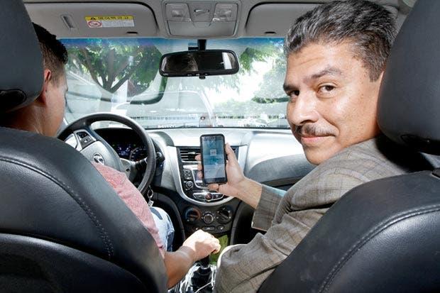 Empresarios cierran filas a favor de Uber