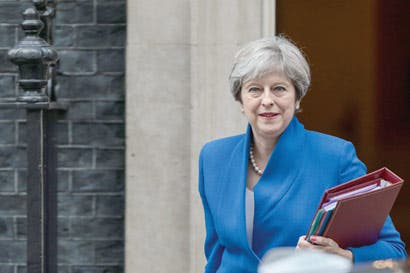 Theresa May cede sobre papel de Tribunal de Justicia Europeo