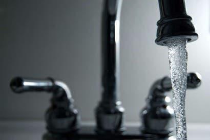 Acueductos comunales garantizarán calidad de agua
