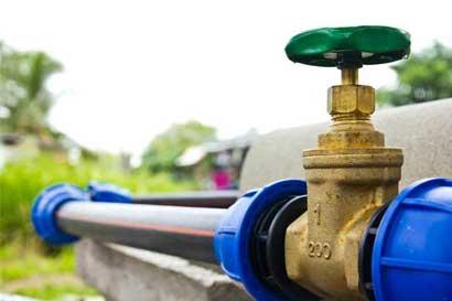 Acueductos comunales reciben recursos para mejorar servicios