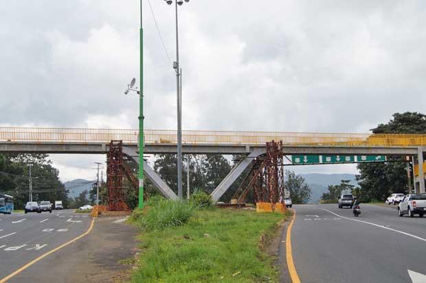 Puente peatonal en La Galera será habilitado este viernes