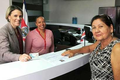 Consulados móviles agilizarán empadronamiento de ticos en Brasil y EE.UU.